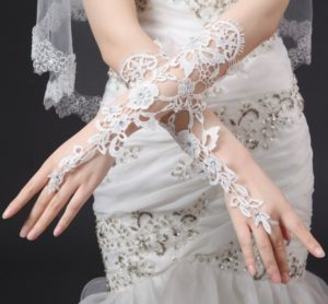 Свадебные перчатки описание
