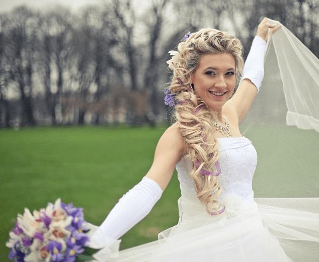 Свадебные прически с накладными прядями: идеи, фото примеров и видеоурок по выполнению