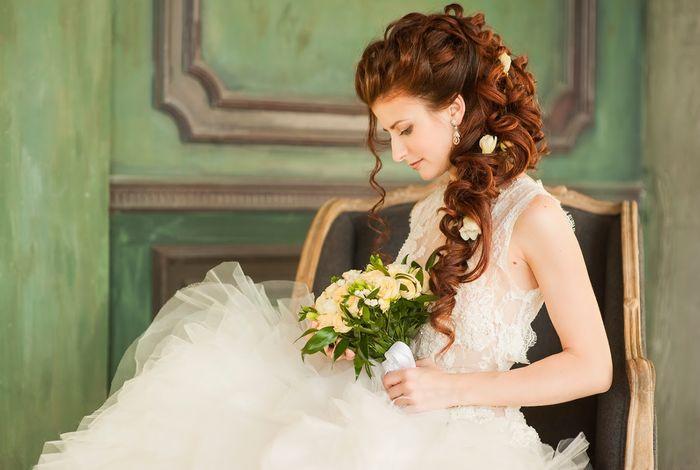Свадебные прически с накладными прядями 4