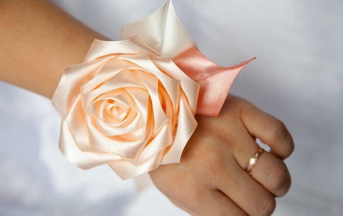 Браслет для подружек невесты своими руками