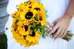 Свадебный букет с подсолнухами: его значение, фото и советы, как сделать своими руками