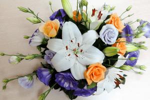 свадебный букет из лилий 1