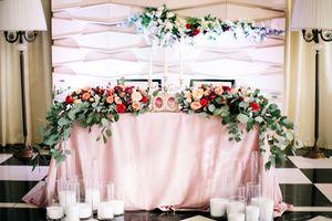 оформление президиума на свадьбу 5