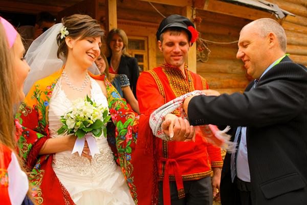 Старинный обряд знакомства жениха с невестой бестпортал знакомства