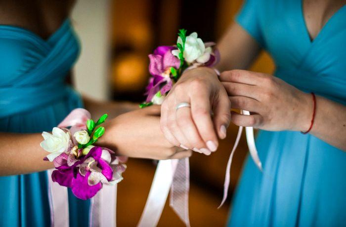 повязки на руку подружкам невесты 2